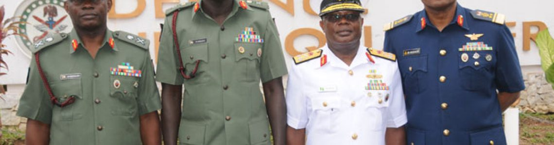 Buhari-extends-tenure-of-service-chiefs